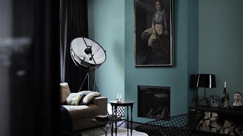 Lu Dinding Wl 37 Minimais associez bleu et noir dans votre salon dulux