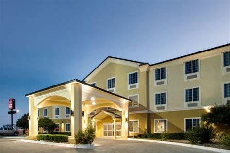 motels in comfort texas comfort suites san angelo san angelo texas hotel