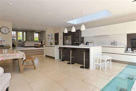 Superior Small Modern Cottage Design #8: 42-Henderson-Rd-Kit-2-shoot-factory-easy-living15jul13_pr_b_639x426.jpg