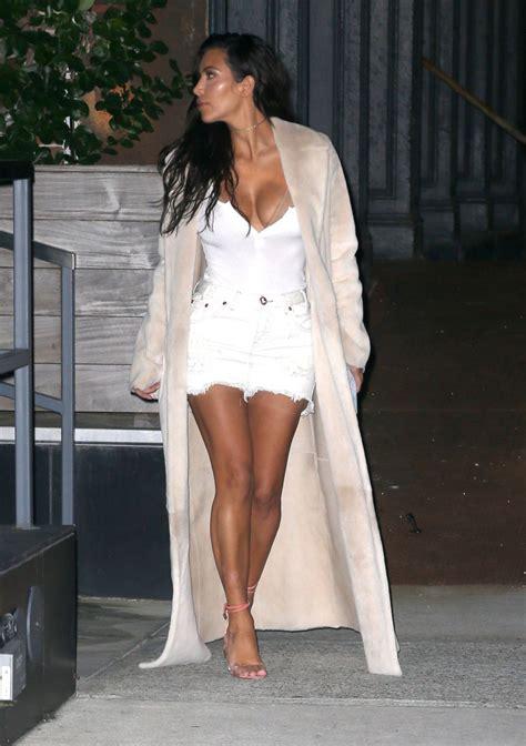 whats new with kim kardashian 2016 kim kardashian out for dinner in new york 08 29 2016