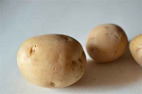 manfaat masker kentang  kulit wajah  kecantikan