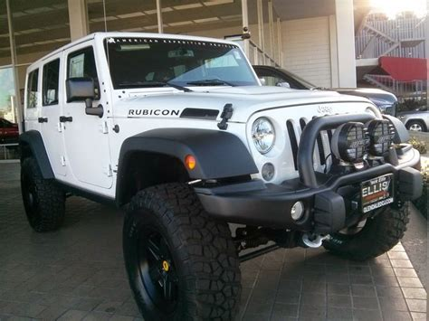 black aev jeep white aev jeep on black pintlers 4x4 on
