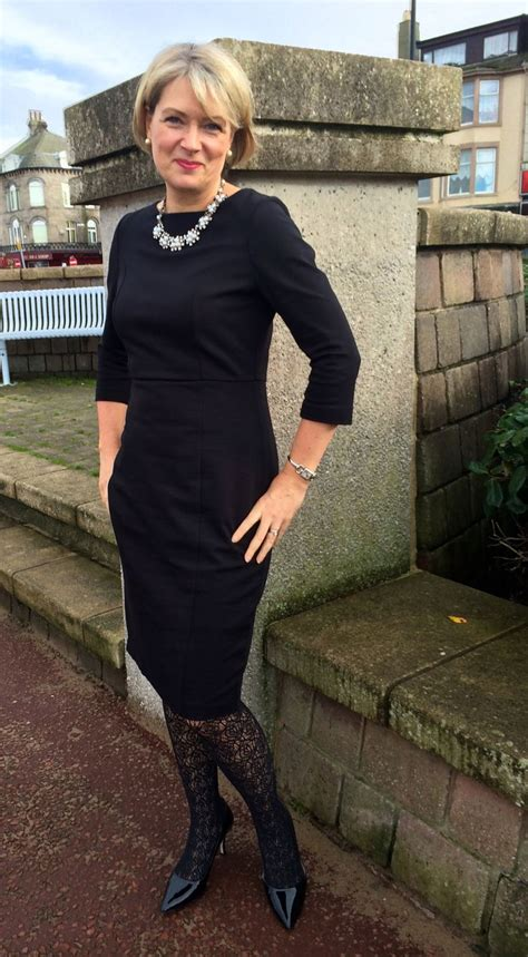 style over 50 slenderizing workwear chic for women over 40 workwear woman and 50th
