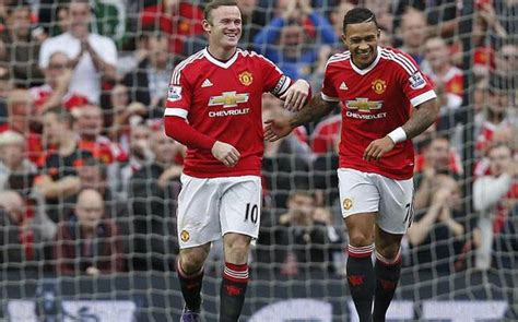 epl table manchester united epl manchester united thrash sunderland 3 0 to top table