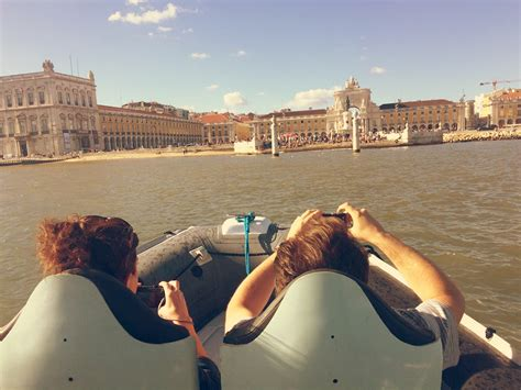 boat tour lisbon historical boat tour in lisbon by speedboat seabookings