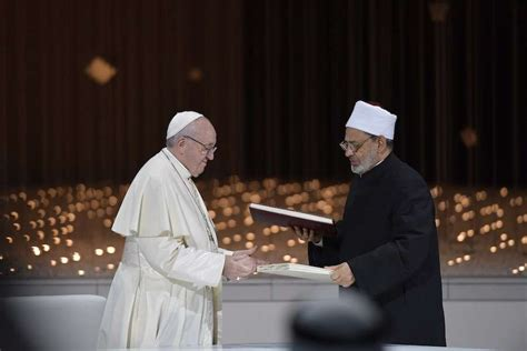 pope francis signs peace declaration  human fraternity