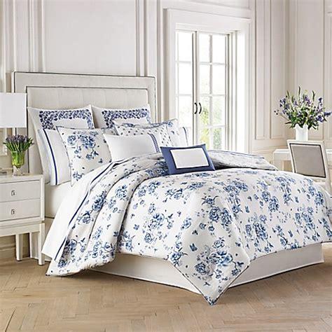 blue floral bedding wedgwood 174 china blue floral duvet cover set bedbathandbeyond com