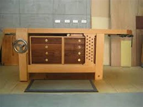 Craftsman Workbench With Drawers by Build A Craftsman Workbench With Drawers Best House Design