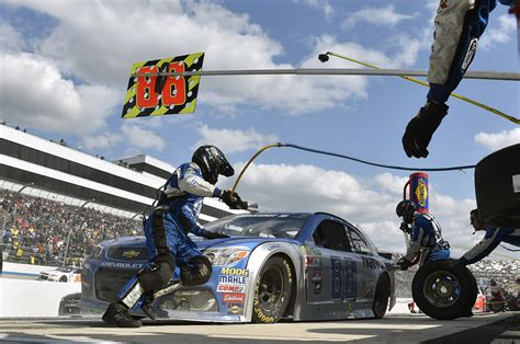 Pit Top How Fast Is A Nascar Pit Stop