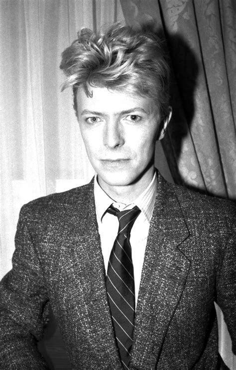 david bowie  good face photo  snap  landmark paparazzi moments rolling stone
