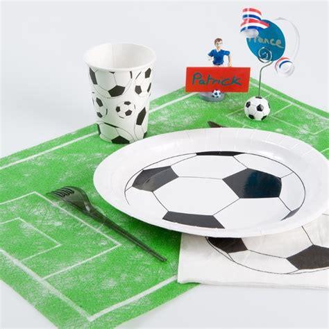 set de table foot chemin de table foot original en forme de terrain de football
