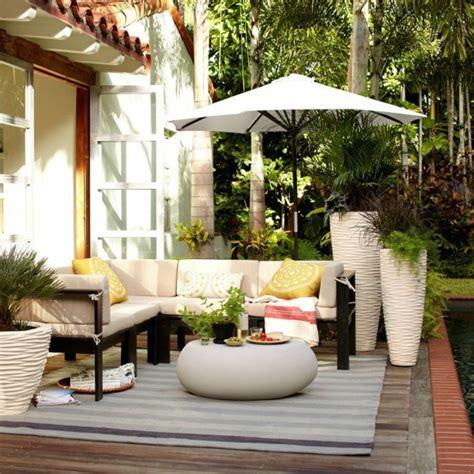 terrasse dekorieren modern 1001 ideen f 252 r die moderne terrassengestaltung
