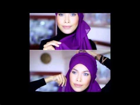 tutorial hijab orang timur tengah video tutorial hijab dengan aksen twist ala wanita timur