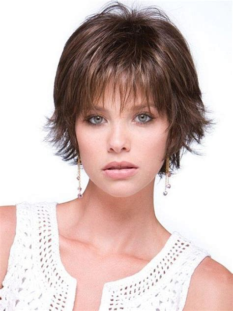 fine thin hairstyles for women layered and with round face short layered hairstyles for fine thin hair that very