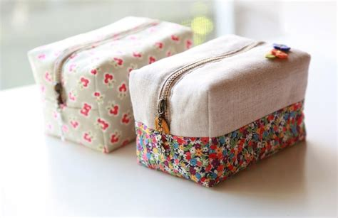 Handmade Pouch Tutorial - block zipper pouch tutorial diy tutorial ideas