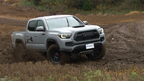 Car Pros Toyota Review 2017 Toyota Tacoma Trd Pro The Car Guide
