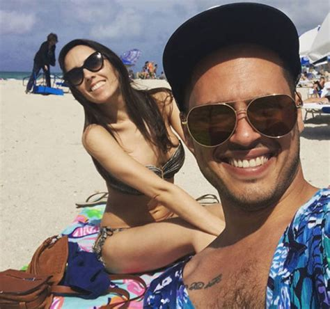 strictly pro janette manrara reveals incredible bikini body  valentines  aljaz