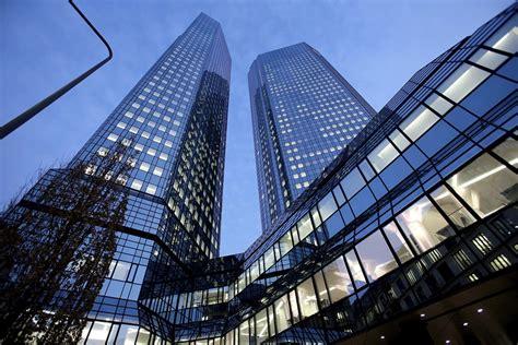 deutsche bank banking deutsche bank now has 2 057 investment bankers earning an