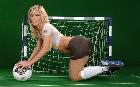 body painting soccer world cup 2015 world cup babes body painting jersey1440x900 no 6