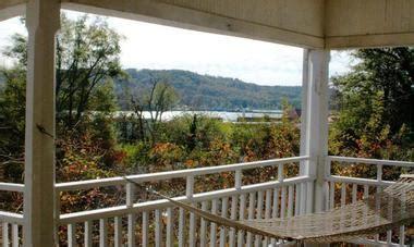 lake guntersville bed and breakfast 25 best weekend getaways in alabama places to visit