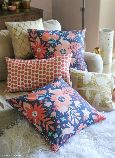 how to sew a zipper pillow tutorial lia griffith