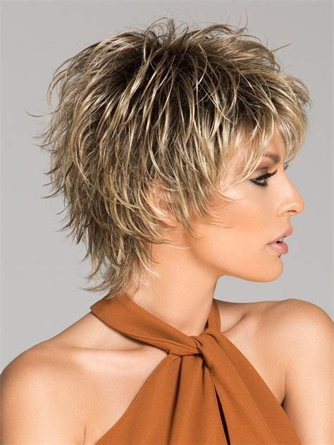 Volume Layered Shaggy Hairstyle Pictures | 1001 best images about short to medium cute and wearable