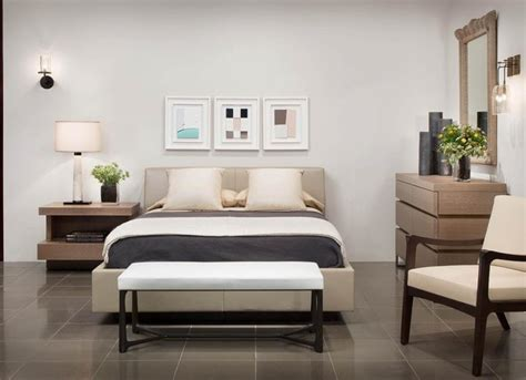 haunt bed los angeles showroom by holly hunt moderne chambre