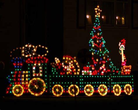 Beautiful Outdoor Christmas Light Displays For Hall Outdoor Light Displays