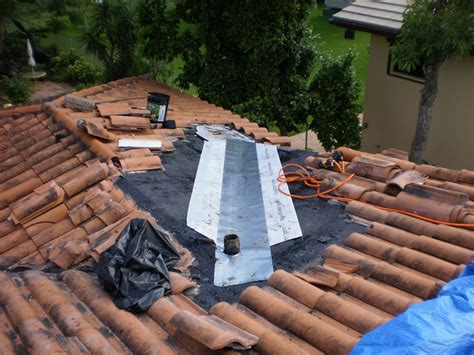 Tile Roof Repair Roofer Mike Says Miami Roofing Clay Tile Roof
