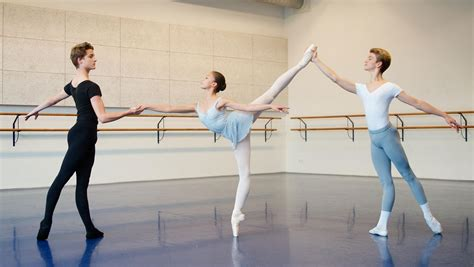 Mba Michigan Ballet Academy by National Ballet Academy Academy Of Theatre And Ahk