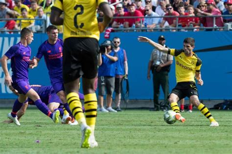 christian pulisic icc football christian pulisic powers borussia dortmund to 3