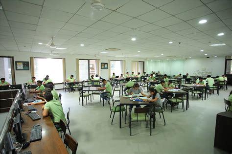 Marwadi Mba College Rajkot by Marwadi Rajkot