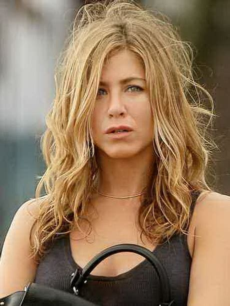Younger Hairstyles by Hairstyles To Make You Look Younger
