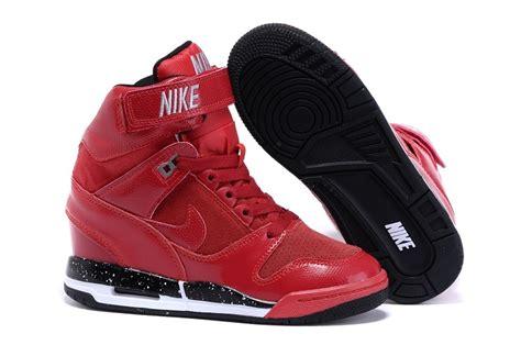 Nike Air Max Sky High nike air sky high black with pink bottom nhs gateshead