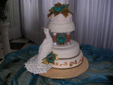 oh wow now this is a cake beautiful peacock by on