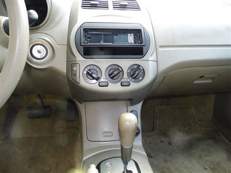 2002 Nissan Altima Interior by 2002 Nissan Altima Pictures Cargurus