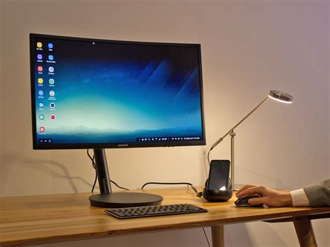 samsung galaxy s8 dex dock turns phone into a pc photos business insider