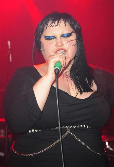 the gossip singer beth ditto pictures singer beth ditto performs a live