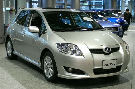 toyota auris cars reviews images pictures and specs february 2009