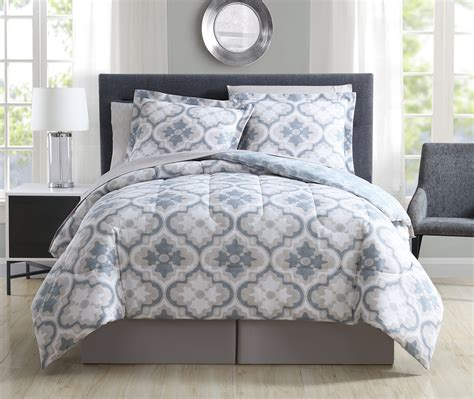 Denim Comforters by 8 Windbrook Denim Reversible Bed In A Bag Set