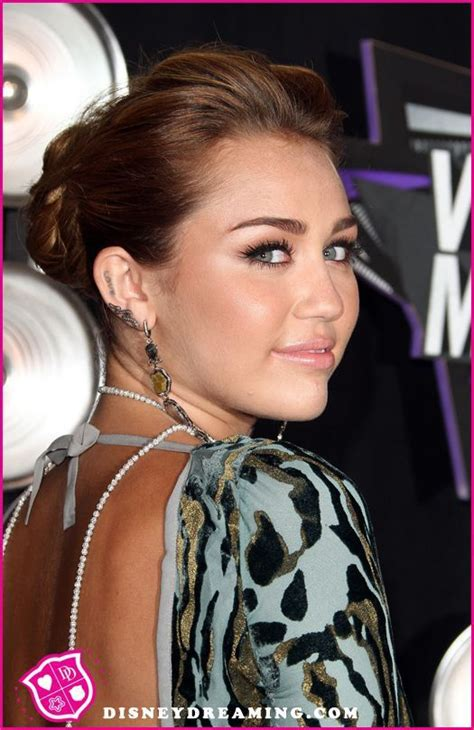 Wedding Bells About Miley Cyrus by 17 Best Ideas About Miley Cyrus Nick Jonas On