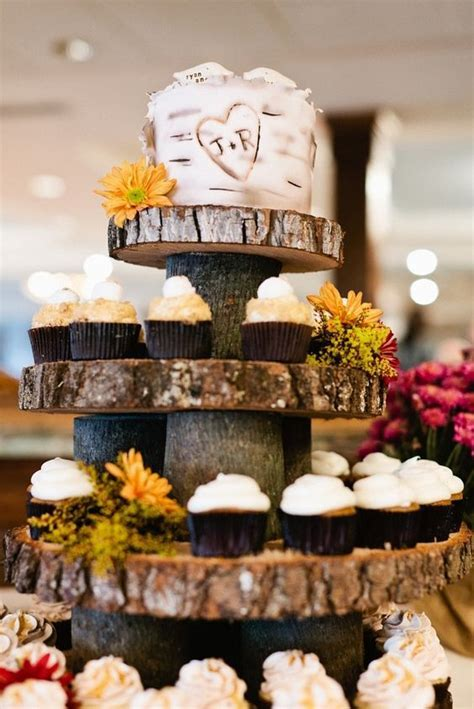 25 Amazing Rustic Wedding Cupcakes & Stands   Deer Pearl