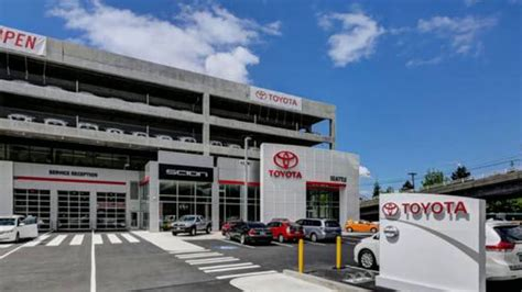 toyota car dealers toyota car dealers in seattle washington toyota cars
