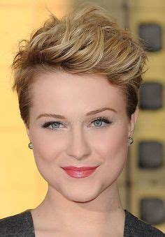 1950 short hairstyles for oval faces short haircuts for heart shaped faces fringed pixie cut