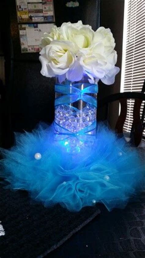 centerpieces for sweet 15 25 best ideas about quinceanera centerpieces on