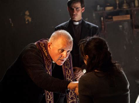 film horror esorcismo a review of the rite the new anthony hopkins horror movie