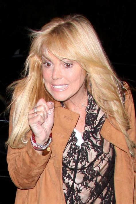dina lohan short hair dina lohan hair htons magazine s annual clambake