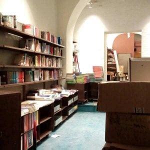 libreria americana otherwise una libreria americana nel cuore di roma