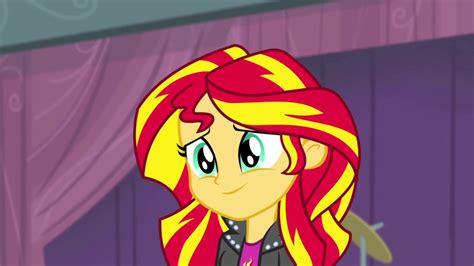 Sunset Smiles my pony equestria rainbow rocks review