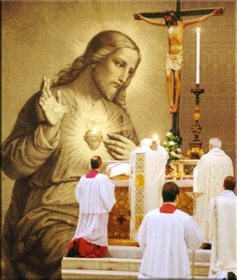 imagenes de jesus sacerdote sacerdotes felices con buena salud espiritual